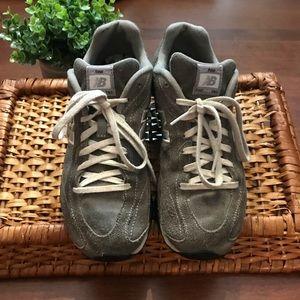NEW BALANCE - tennis shoes